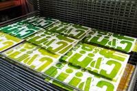 Drucke mit Holzbuchstaben